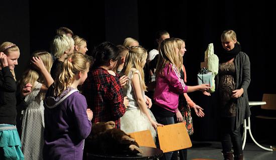 IMG_0005_Teaterskole_eftera_r_2012