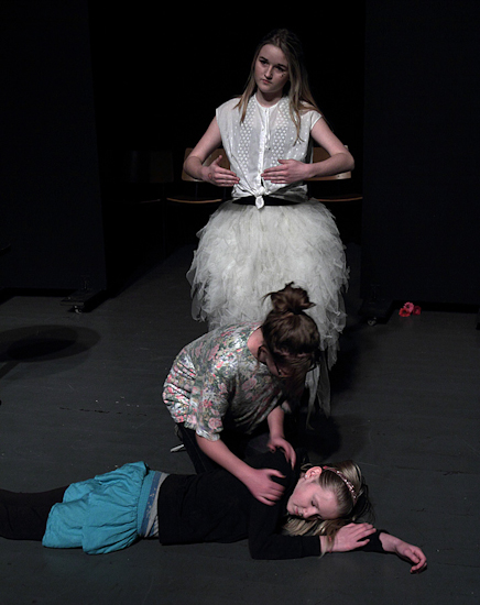 IMG_9834_Teaterskole_eftera_r_2012