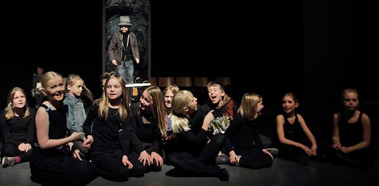 IMG_9936_Teaterskole_eftera_r_2012