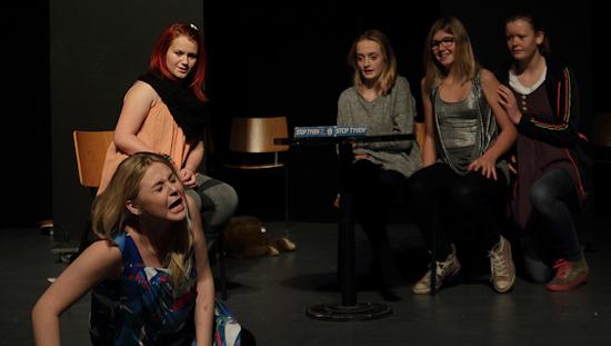 IMG_9990_Teaterskole_eftera_r_2012
